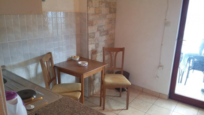 Apartment Tome 2a for two in Tisno, Island Murter:
