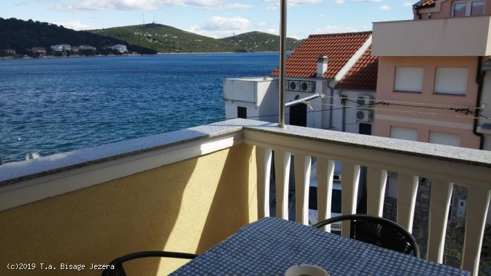Apartment Tome 2a for two in Tisno, Island Murter