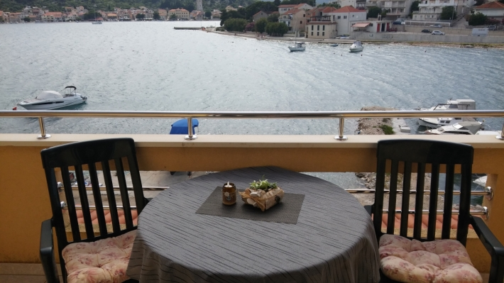 Apartment Nina B. for two in Tisno, Island Murter