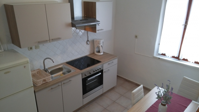 Apartment Toni 2.0 NEW,in center of Jezera, Island Murter: